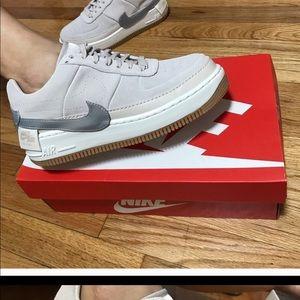 Nike Jester 8.5